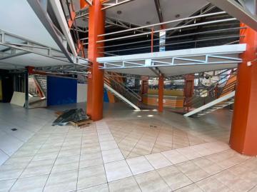 Alugar Comercial / Prédio em Pelotas R$ 16.500,00 - Foto 9