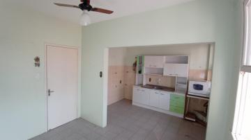 Alugar Apartamento / Padrão em Pelotas. apenas R$ 320.000,00