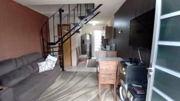 Alugar Casa / Padrão em Pelotas. apenas R$ 170.000,00