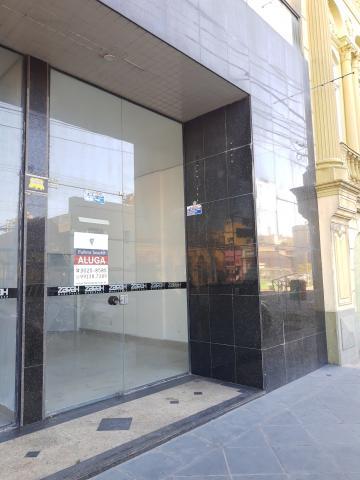 Alugar Comercial / Sala em Condomínio em Pelotas R$ 1.500,00 - Foto 2