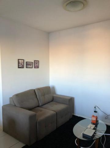 Alugar Apartamento / Padrão em Pelotas. apenas R$ 400.000,00