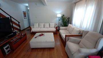 Alugar Casa / Padrão em Pelotas. apenas R$ 575.000,00