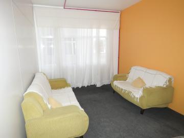 Alugar Apartamento / Fora de Condomínio em Pelotas R$ 800,00 - Foto 1