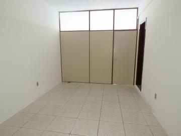 Alugar Comercial / Sala Fora de Condomínio em Pelotas R$ 700,00 - Foto 1