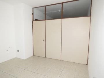 Alugar Comercial / Sala Fora de Condomínio em Pelotas R$ 700,00 - Foto 7