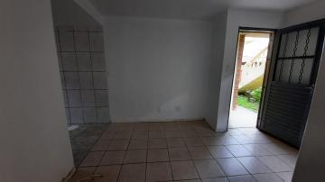 Comprar Apartamento / Padrão em Pelotas R$ 110.000,00 - Foto 3