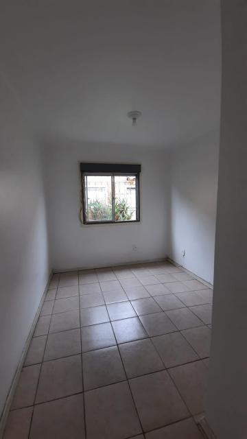 Comprar Apartamento / Padrão em Pelotas R$ 110.000,00 - Foto 14