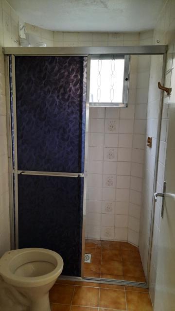Comprar Apartamento / Padrão em Pelotas R$ 110.000,00 - Foto 12