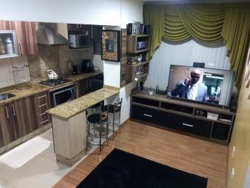 Alugar Apartamento / Padrão em Pelotas. apenas R$ 186.000,00