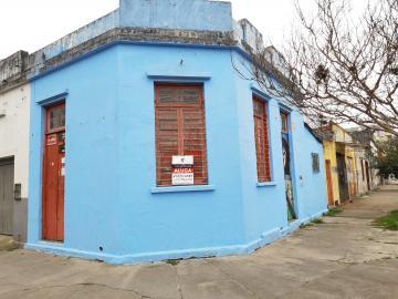 Alugar Comercial / Casa em Pelotas. apenas R$ 1.080,00